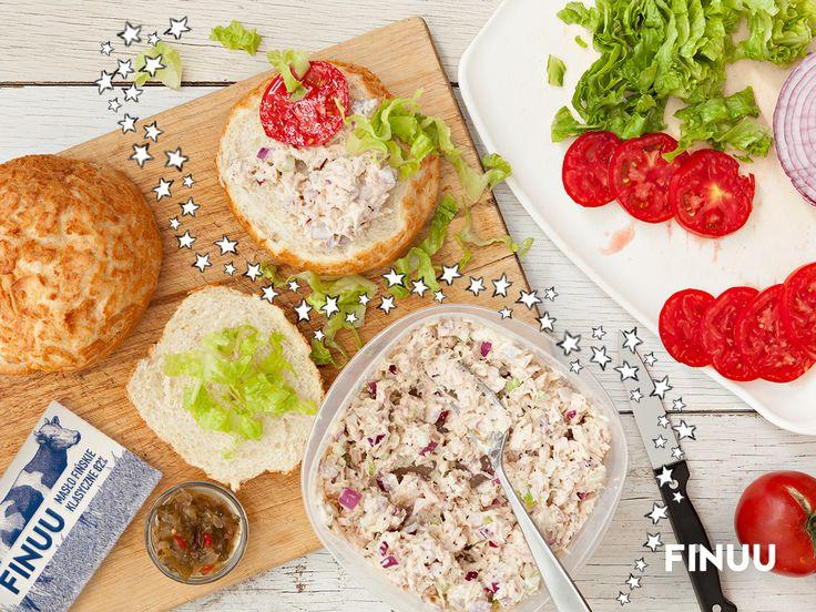 Pasta rybna to szybki pomysł na pyszne i zdrowe śniadanie. #finuu #sniadanie #przepis #pieczywo #inspiracja