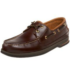 This gorgeous Men's Boat Shoe is as comfortable as it is good looking. It features Vibram Soles for maximum Traction. Lush hand-sewn Dear Skin lining and top grain cowhide uppers make this one of the Best Boat Shoes for Men.