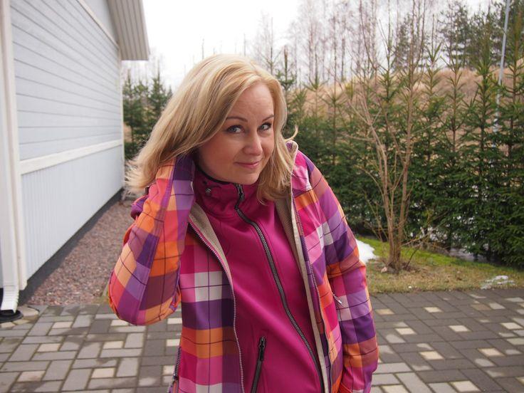Kauniissa vaatteissa on kiva ulkoilla!  Katso mitä löytöjä toimittajamme teki Prismasta tällä kertaa: http://toimittajapukeutuuprismaan.fi/2014/03/12/kauniissa-vaatteissa-on-kiva-ulkoilla/