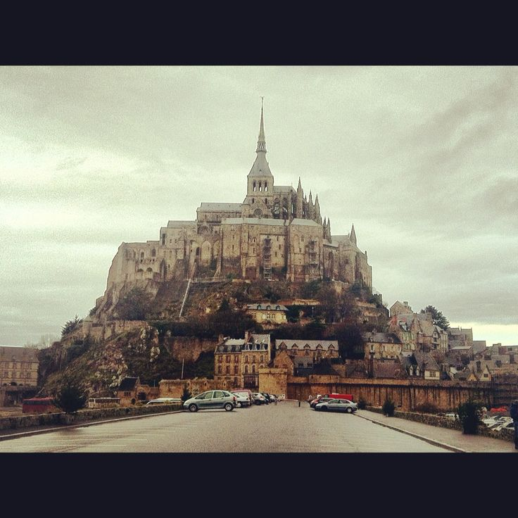 Mont Saint Michel*