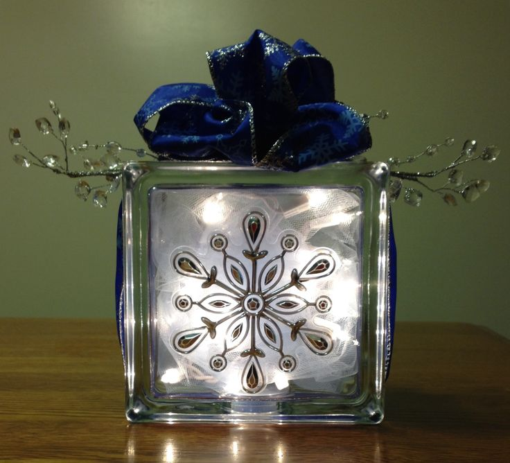 Snowflake glass block i have a page on facebook it 39 s for Glass block crafts pictures