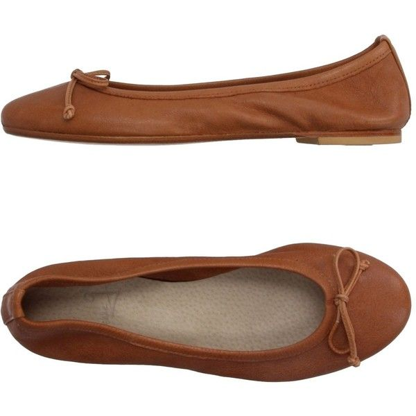 Dienneg Ballet Flats ($126) ❤ liked on Polyvore featuring shoes, flats, brown, flat pumps, bow flats, ballet pumps, brown leather flats and flat shoes