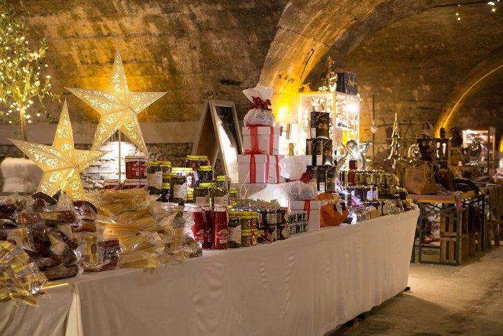 Besonders stimmungsvolle Weihnachtsmärkte findet man in den malerischen Orten des Moseltales, in Bernkastel-Kues und im benachbarten Traben-Trarbach