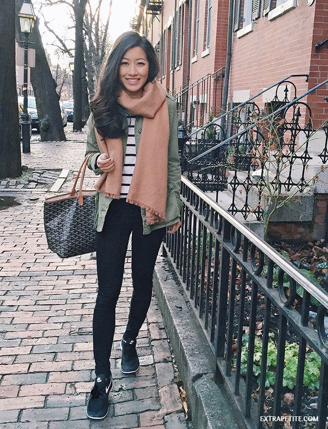 casual new england outfit (also great for travel) // Nike free sneakers, black jeans, camel scarf, army jacket