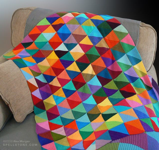 Gorgeous! Great idea for a baby/scrap blanket. Could use solid jelly rolls for this quilt.