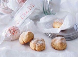 Das Rezept für Italienische Amarettini und weitere kostenlose Rezepte auf LECKER.de