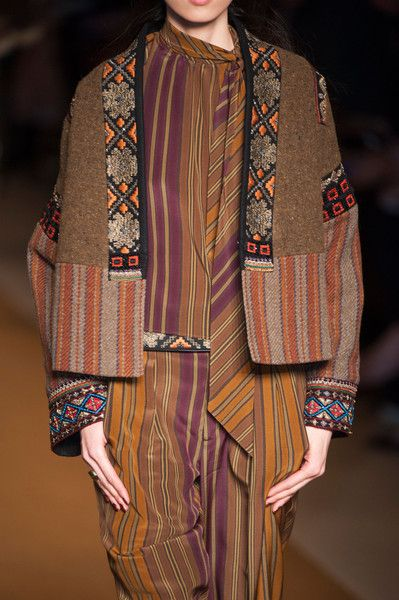 Etro Fall 2014  – High Fashion / Ethnic & Oriental / Carpet & Kilim & Tiles & Prints & Embroidery.