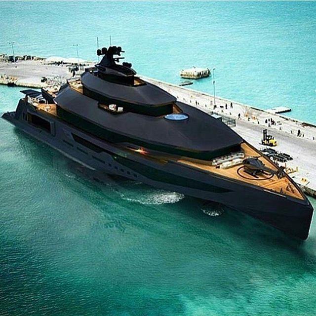 regram @theluxurykingz Matte black super yacht! Follow ...