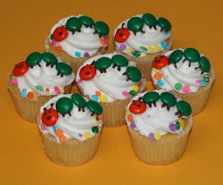 best 25 hungry caterpillar cupcakes ideas on pinterest caterpillar cupcake cakes hungry. Black Bedroom Furniture Sets. Home Design Ideas