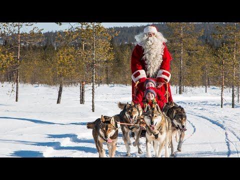 Papá Noel y Perros Husky en Laponia