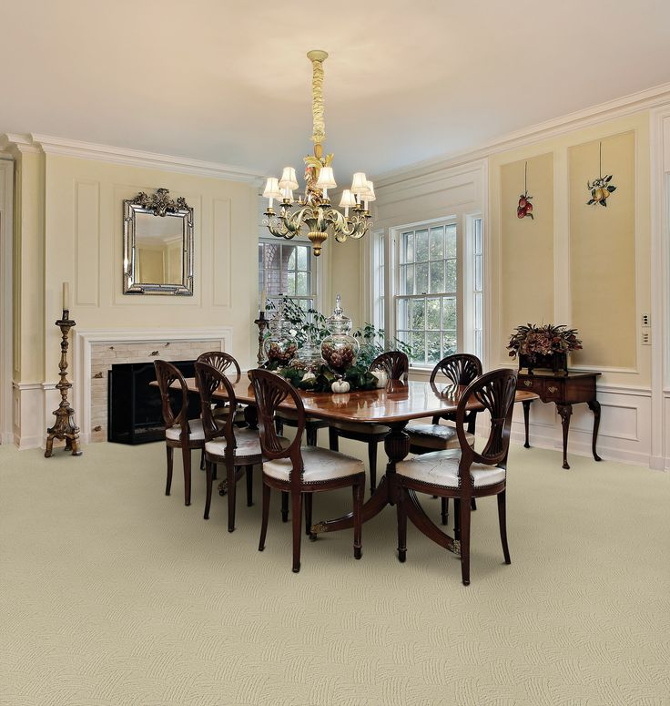 Beautiful Grand Dining Room Plenty Of Space For The Biggest Families