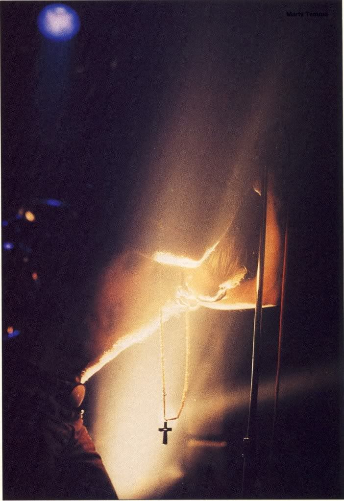 Layne Staley Photo Thread in All About Alice Forum