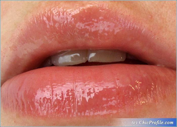 Guerlain Super Lips Lip Hero Review, Swatches, Photos