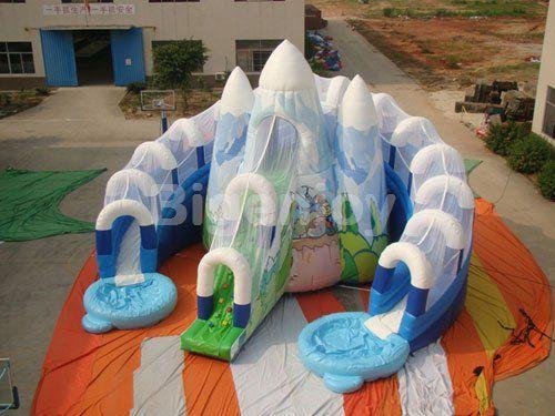 THE GIANT ICEBERG SLIDE