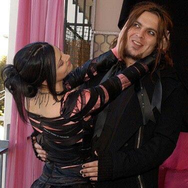 amy lee and shaun morgan dating