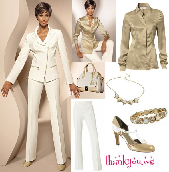 Costum alb format din sacou cu pantaloni, asorteaza-le la o bluza aurie din matase fina #costumdamaalb Detalii si comenzi aici http://thankyou.ws/sacouri-dama-online-elegante-si-rafinate-pentru-tinute-casual-si-office