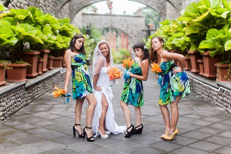 Our favorite Wedding  Photos #villacaletas #weddingcostarica #weddingplanner #weddingvendorscostarica #costaricaflorist #costaricawedding #destinantionwedding