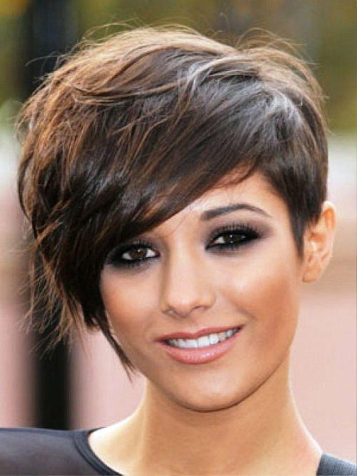 melenas cortas y unos peinados muy modernos y originales unos modelos muy atractivos para cambiar