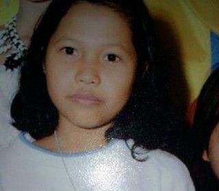 PUISI UNTUK YUYUN Berikut 5 puisi yang dipersembahkan kepada yuyun, yang merupakan seorang anak SD yang diperkosa oleh 14 pemuda secara bergiliran dan kemudian dibunuh dengan sadis di daerah Bengkulu.  1.   #Pembunuhan #Pemerkosaan #Sedih