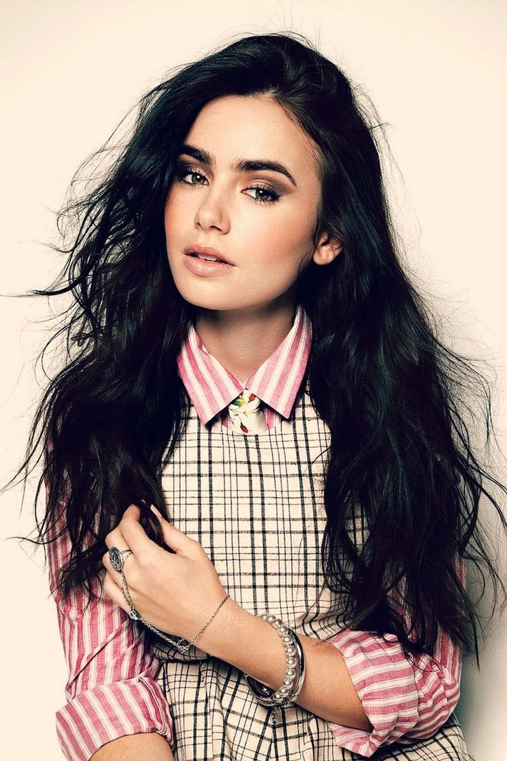Lilly Collins - she's just gorgeous