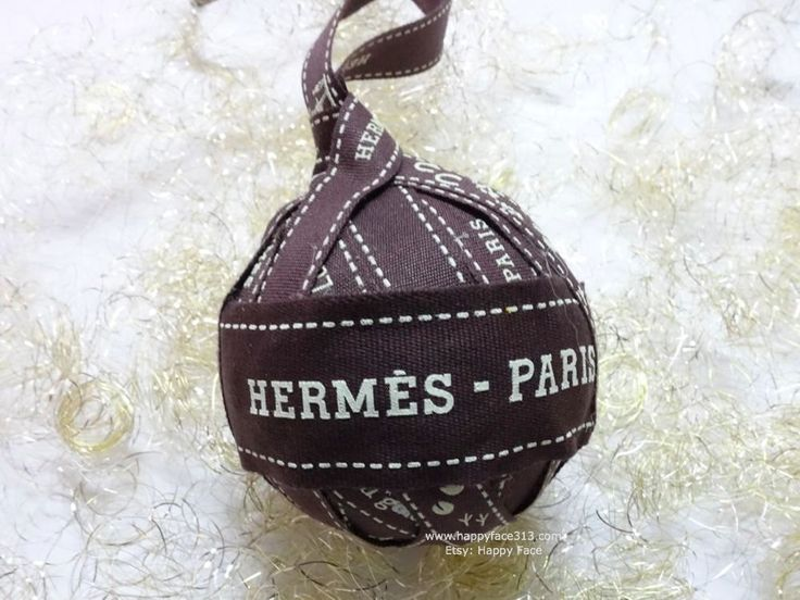 Hermès Ribbon Pompom Bag Charm or Bauble made of various Bolduc Ribbons - size 6 (7) von HappyFace313 auf Etsy