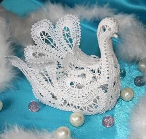 http://www.advanced-embroidery-designs.com  crochet dove