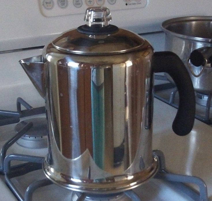A stove top coffee percolator is an old-fashioned way of brewing coffee, and it produces better coffee than electric coffee makers. Read to find out how to use a percolator.
