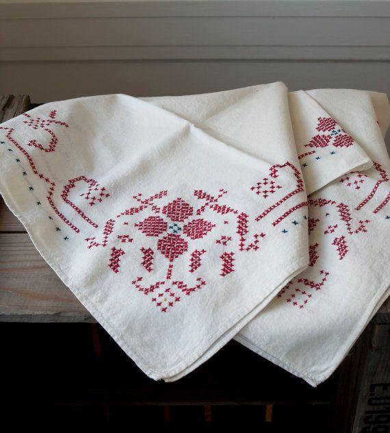 Vintage Hand-Stitched Table Linen - Cottage Farm