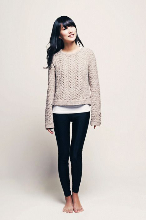 cable knit sweater + leggings!