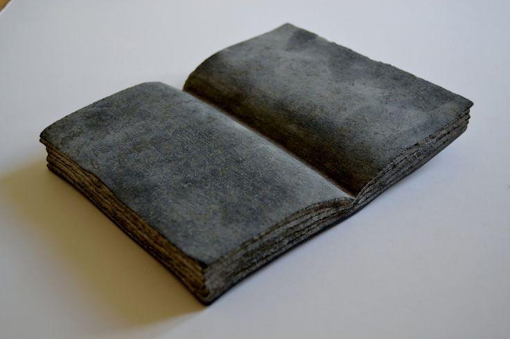 Objekt i diabas (sort svensk granit)