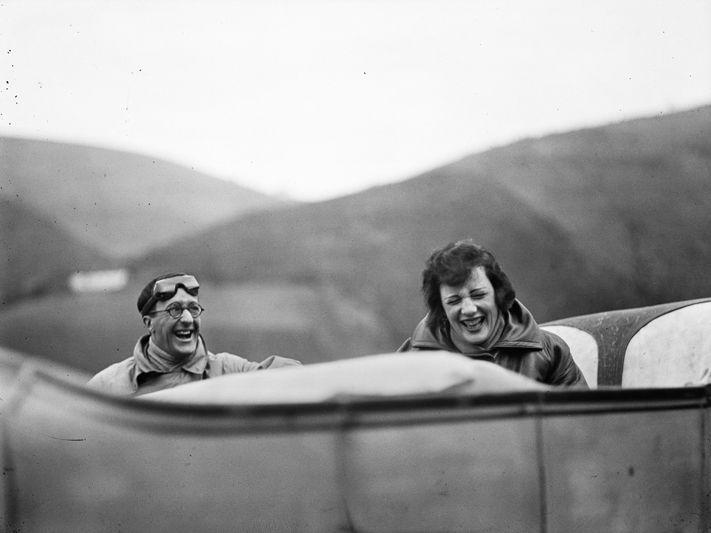 Jacques Henri Lartigue, Ubu e Bibi sur la route entre Lourdes, 1925