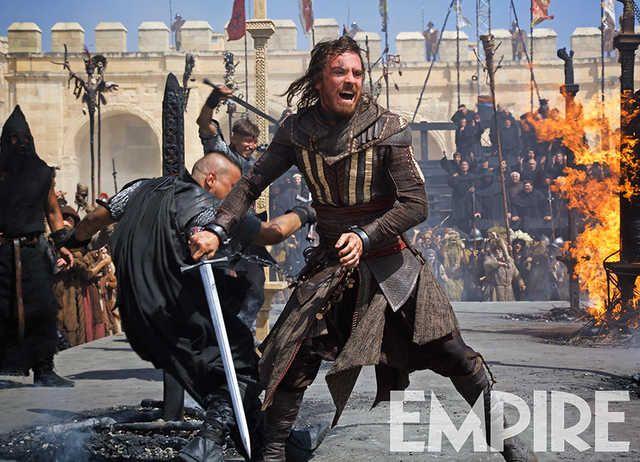 As revistas EW e Empire divulgaram novas imagens oficiais de Assassin's Creed, longa estrelado porMichael Fassbender baseado na popular franquia de videogames da Ubisoft. O filme, dirigido por Jus...