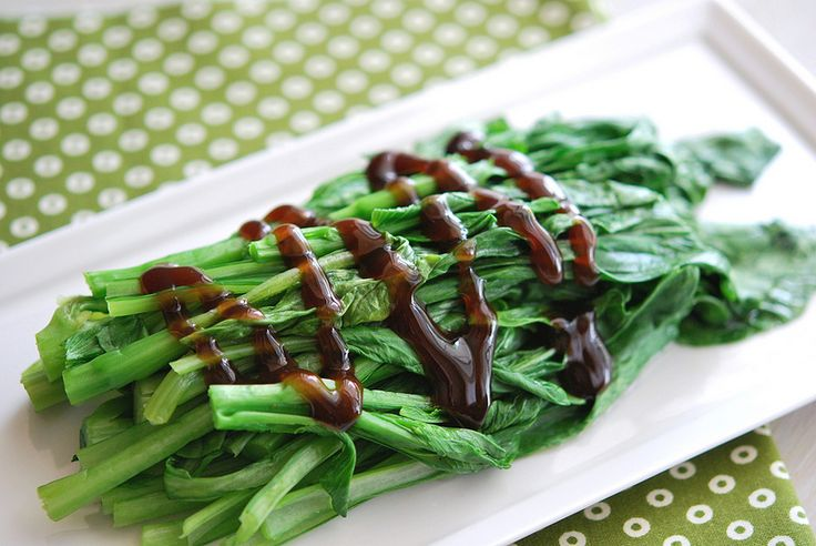 Chinese Broccoli (Gai Lan) with Oyster Sauce