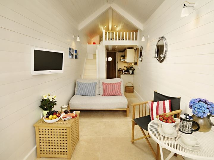 Shaldon Beach Hut Devon Beach Hut Accommodation - Unique Holiday Cottages in England and Wales