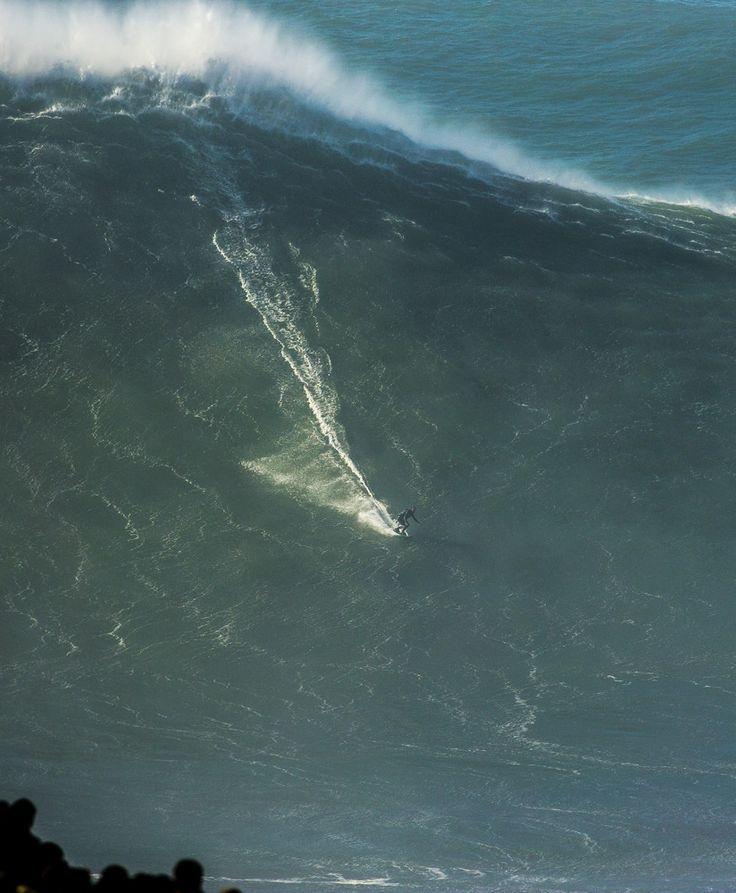 Congratulations Sebastian Steudtner and photographer Mike Jones, winners of the 2015 Biggest Wave Award #BigWaveAwards