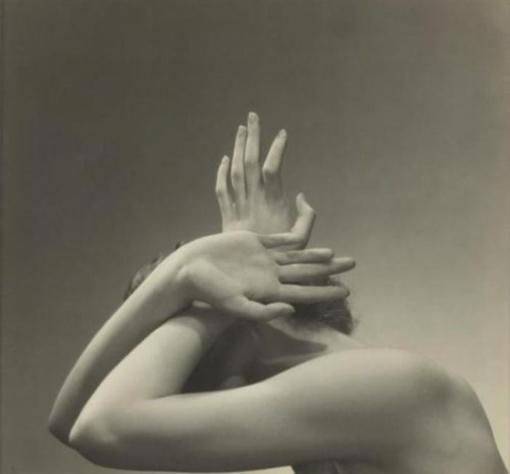 Edward Steichen Touch is Love 1934 -repinned by Long Beach, CA photography studio http://LinneaLenkus.com #photographers