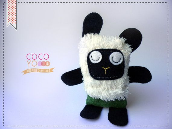 Handmade Black Sheep Decor Toy Animal Toy Black by COCOYOstore, €13.50