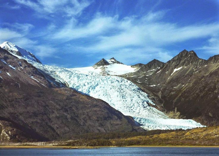 A glacier on the Beagle Channel in Chilean Patagonia and a great post on words that start with B and refer to Chile. Read more here http://jveronr.blogspot.com/2014/09/describing-chile-with-words-that-start.html