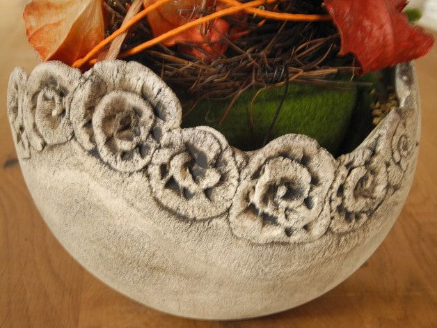 Blumentöpfe - Schale mit Blumen - ein Designerstück von Bei-Frau-Wunder-und-Frau-Schoen bei DaWanda