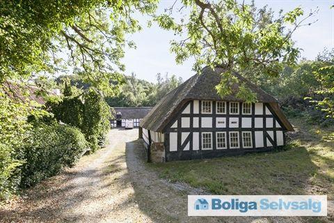 Molsvej 122, Femmøller, 8400 Ebeltoft - Naturstyrelsen sælger historisk mølleejendom Kjerris Mølle #landejendom #ebeltoft #selvsalg #boligsalg #boligdk