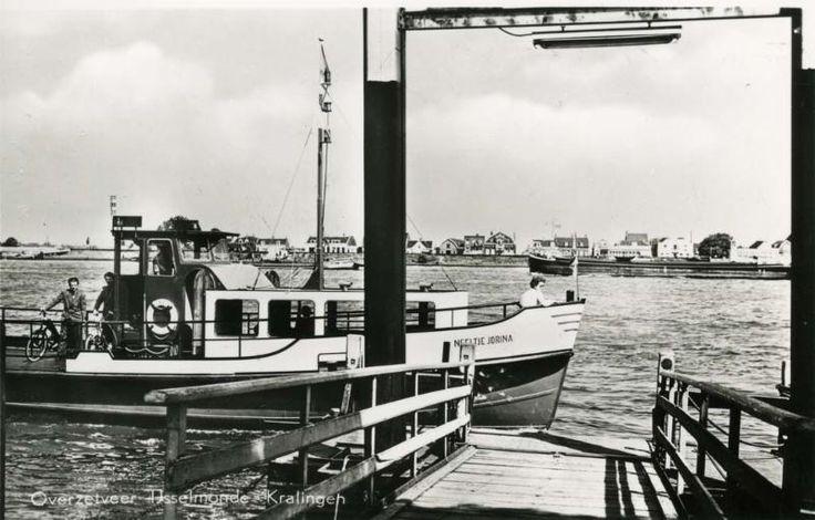 Het overzetveer tussen Kralingseveer en IJsselmonde verdween na de ingebruikname van de Van Brienenoordbrug.
