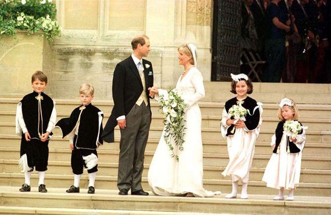 Знаменитые королевские свадебные платья