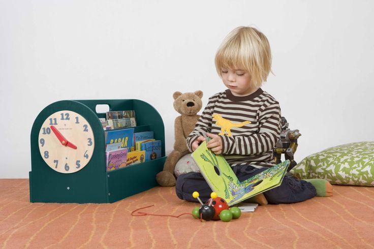 Books Box, contenitore in Legno per i Libri dei Bambini  #libriperbambini #design #cameretta http://www.tidy-books.it/camerette-scaffali-mensole-contenitori/contenitori-libri-bambini