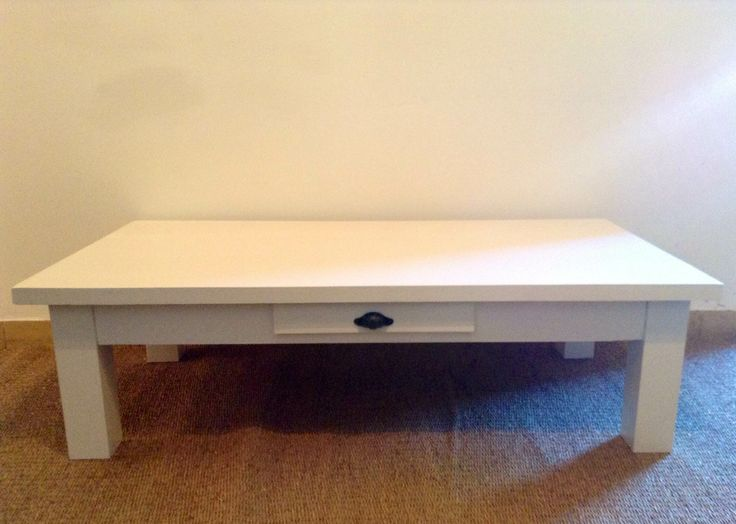 Mesa ratona blanca.