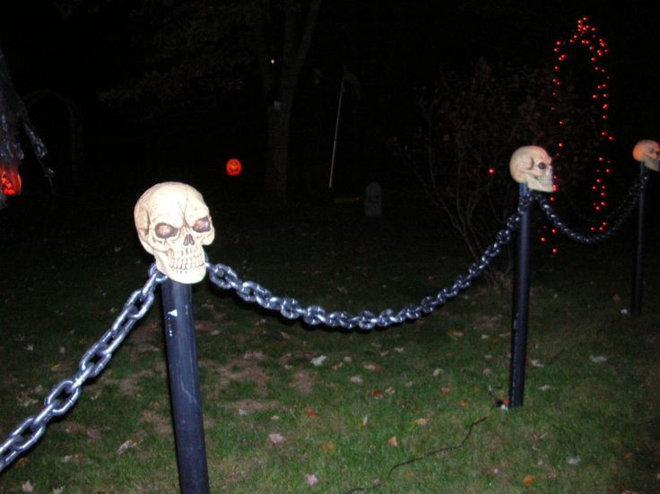 Plastic Skulls, PVC pipe, lights, chain. Perfect lighting!