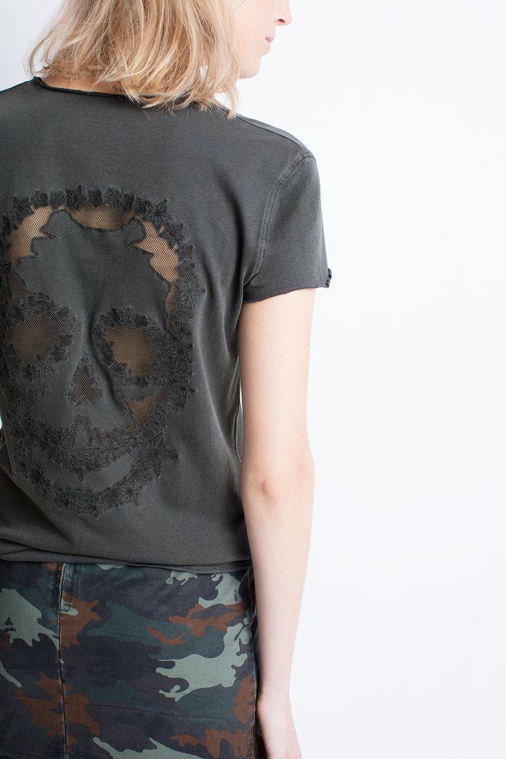 T-shirt col V Zadig et Voltaire, manches courtes, finitions bords francs, 100% coton.