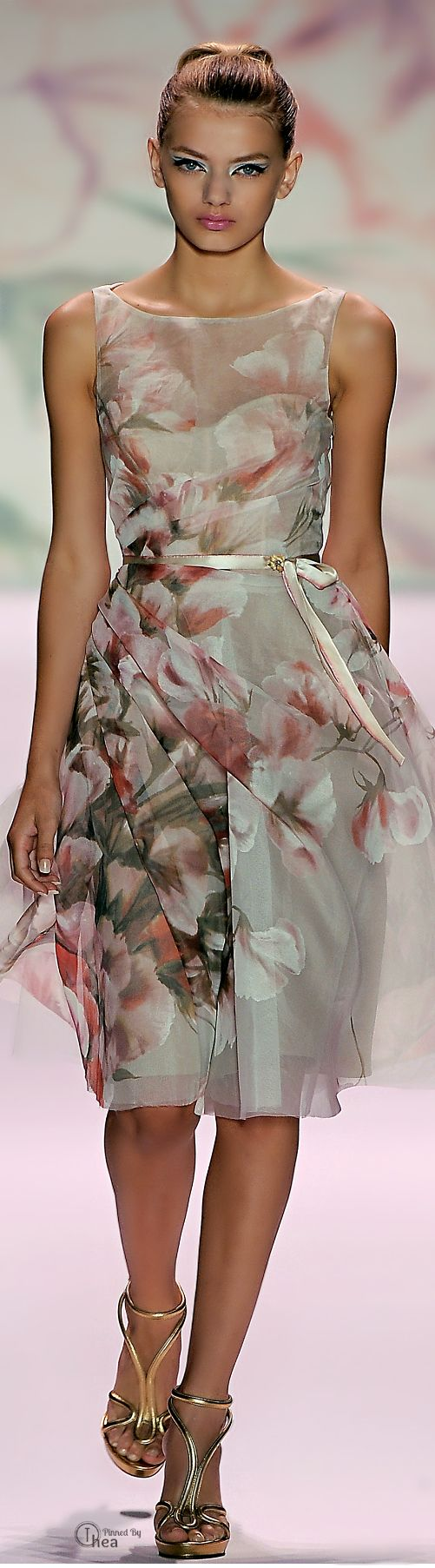 Monique Lhuillier women fashion clothing style apparel @RORESS closet ideas