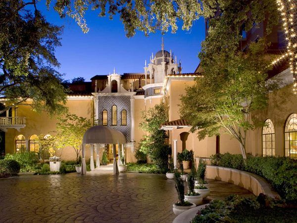 The Rosewood Mansion on Turtle Creek is one of the oldest luxury hotels in Dallas.