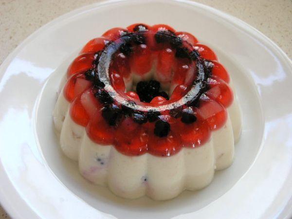 Jogurtová nepečená torta