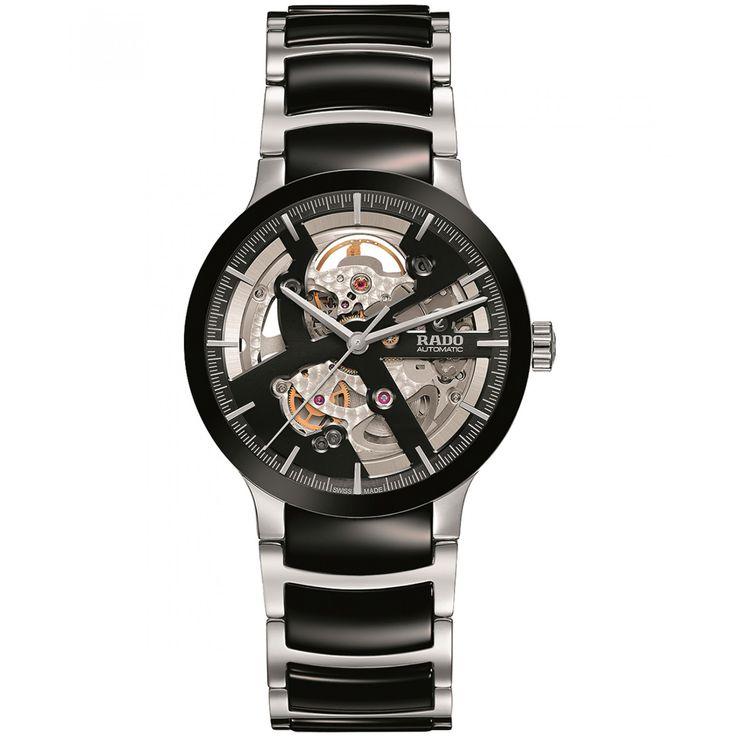 Reloj Rado de caja y extensible tipo brazalete en acero con aplicación de cerámica en negro; carátula con mecanismo visible manecillas e indicadores a contraste; nombre de la marca.